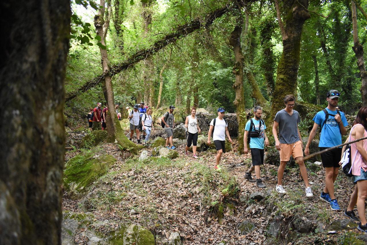 Trekking / Stropones Gorge