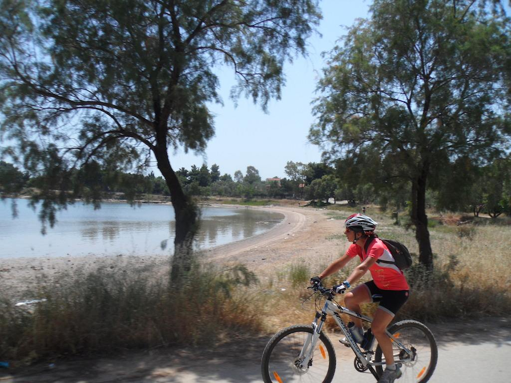 Cycling / Coast to coast sublime beaches of Chalkis