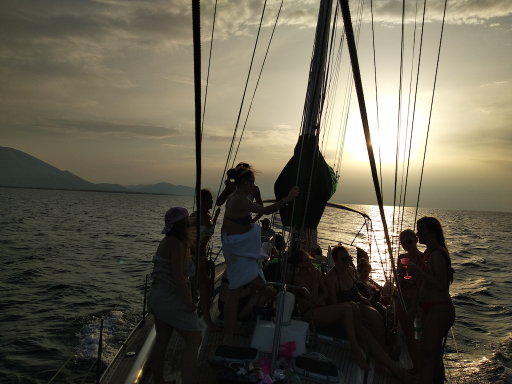 Sailing / Sunset Cruise to North Evian Gulf